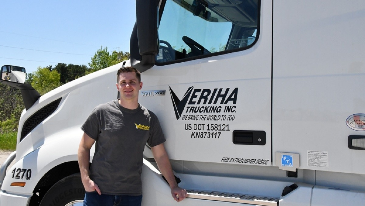 Veriha  is looking for truck drivers.
